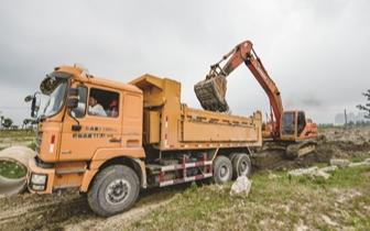 东溪、西溪综合整治项目动工 每日清淤2200立方米
