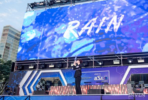 """星际争霸""""大雨神""""Rain专访:击败Flash的冠军才有价值"""
