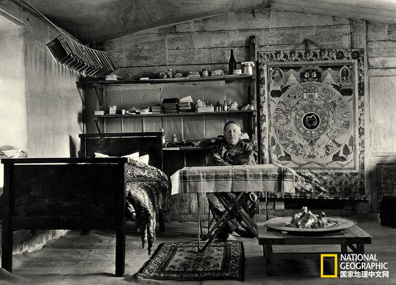 约瑟夫·洛克在云南玉湖村的工作室(国家地理中文网2014年7月)