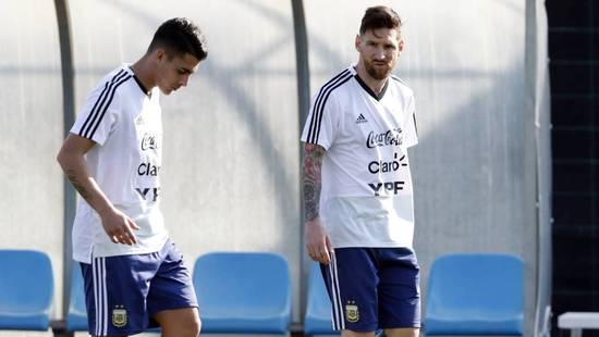 梅西又钦点巴萨求购阿根廷秘密武器 5场助攻3球!