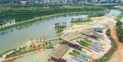 凤翔湿地公园生态科普馆主体建筑已成型
