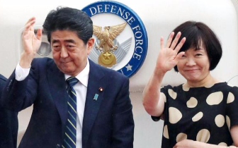 安倍前往华盛顿 拟请求特朗普放宽对日本关税限制