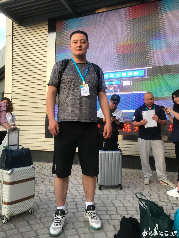 到西部去!奔赴扶贫第一线! 北京名宿:请大家支持