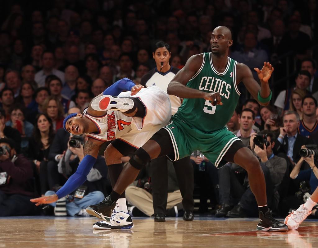 """库里打得烂只因被每次跑位都被骑士""""围殴""""?  无球侧对抗已成NBA判罚重灾区"""