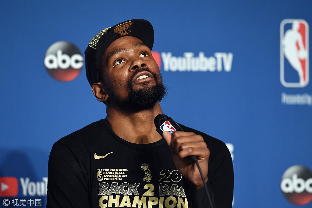 杜兰特:我毁了NBA? 我有这么厉害就应该挣更多钱