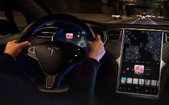 自动驾驶汽车 是不是也该给司机单独考个驾照?