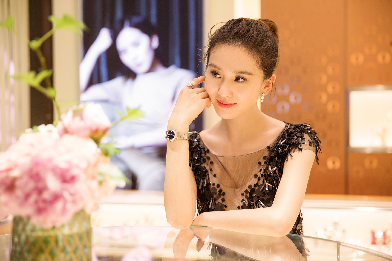 专访刘诗诗:女生都会很喜欢闪耀而梦幻的设计