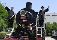 兰州高校现蒸汽火车头