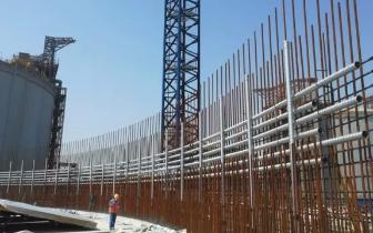 唐山LNG接收站应急调峰保障工程正在进行储罐施工