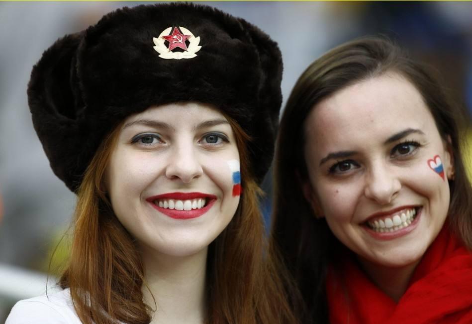 苦口婆心!俄议员:姑娘别和外国人睡 混血儿不好养