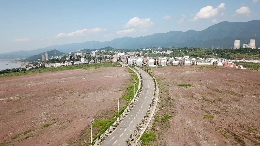 重庆石柱县工业园建在保护区 湿地生态被严重破坏