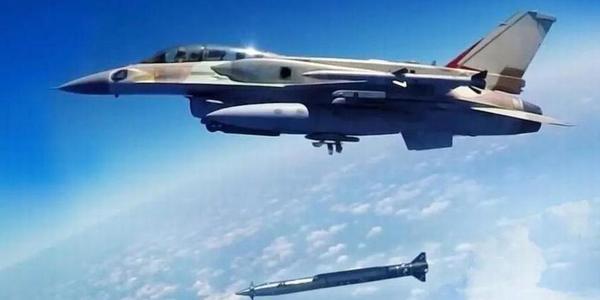 以色列展示新空地导弹