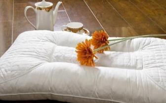 睡眠常识:你知道怎么挑选合适的枕头吗?