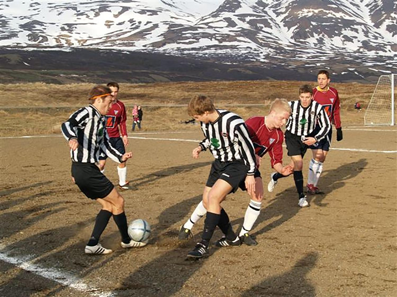 冰岛队长亲笔:生涯始于电驴被偷 冰龙怒吼谁来都得跪