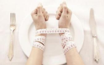 """夏日""""瘦身族""""宜科学减肥 避免影响健康"""