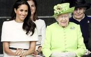 梅根陪女王出访很优雅