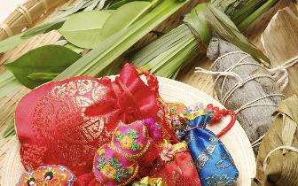 龙舟节 端午节,粽子节,龙舟节……我的名字多到