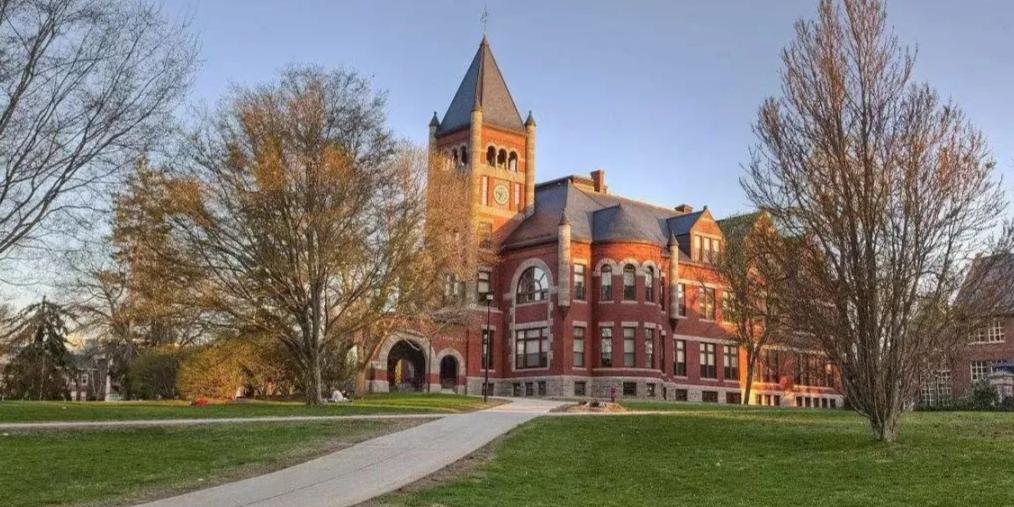 美国大学将接受中国高考成绩