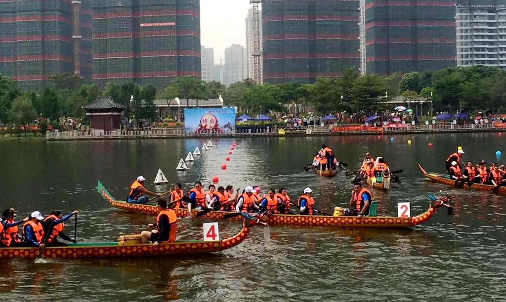 惠州风俗:第28届龙舟赛在金山湖举行