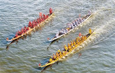 雷州乌石海上赛龙舟 作为本市非遗项目已举行33届