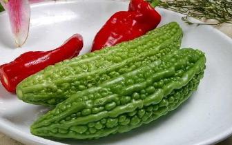 喜欢吃苦瓜的你 平时会怎么处理苦瓜的苦味呢?