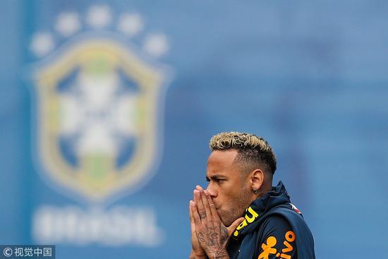 ESPN:内马尔伤势没有大碍 巴西世界杯前景笼阴影