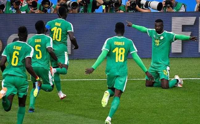 非洲队首胜!塞内加尔2-1波兰