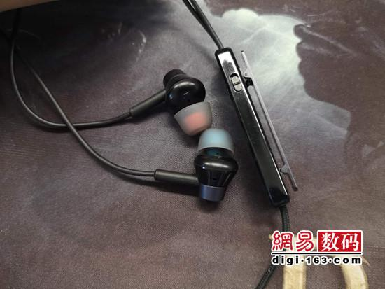 TOPPERS主动降噪耳机E2体验:降噪出色兼顾音质