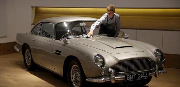 """""""007""""座驾将在英国拍卖 预计成交价上千万元"""
