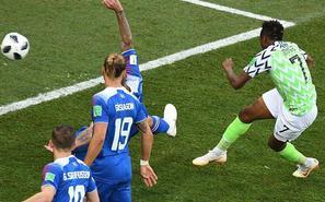 穆萨2神仙球 尼日利亚2-0冰岛