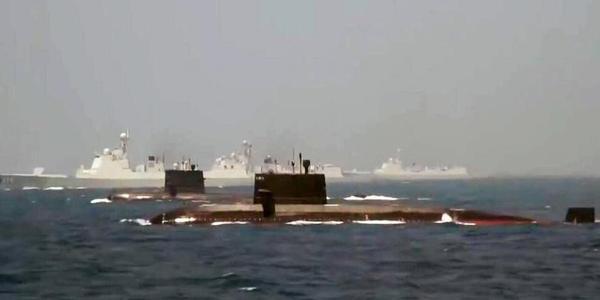 中国海军最强水面与水下战力组团亮相