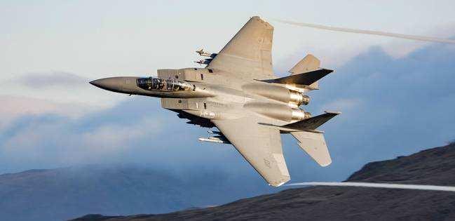 美将升级F-15 神奇吊舱令隐形战机无所遁形