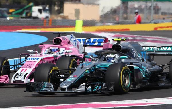 F1法国站小汉一路领先
