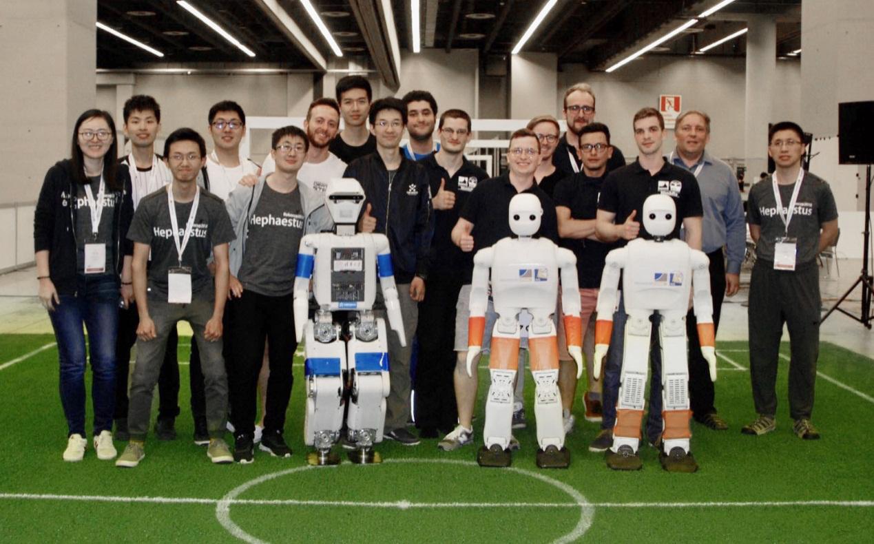 机器人足球世界杯落幕 优必选与清华合作斩获奖牌