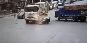 老人闯红灯被撞身亡家属暴打司机