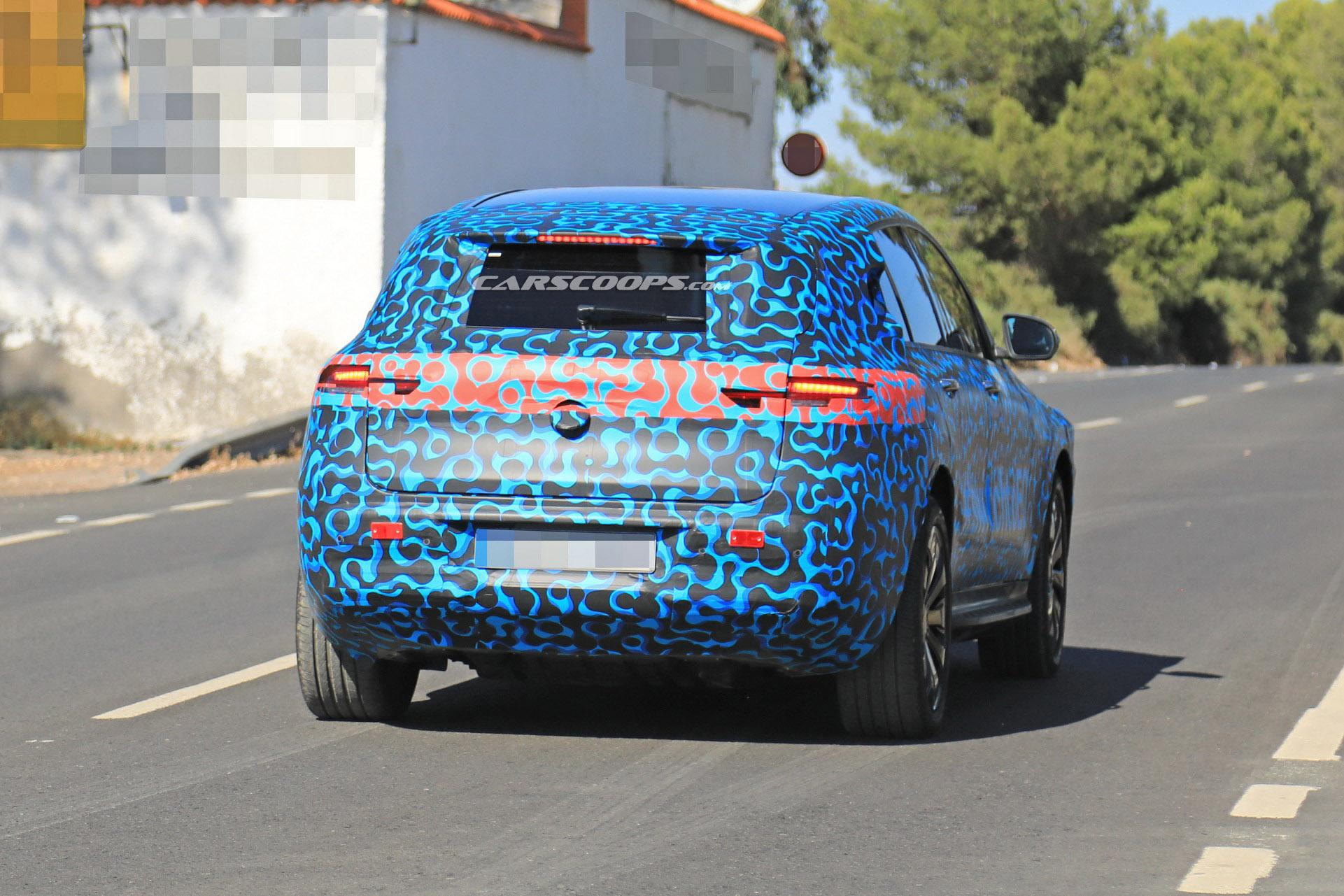 纯电动中型SUV 奔驰EQC将于9月正式发布