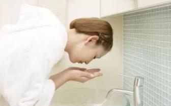 护肤常见四大错误!这几个时间段给肌肤补水,效果奇好!