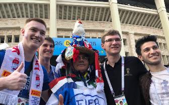 法国球迷:希望淘汰赛踢阿根廷 克罗地亚实力太强