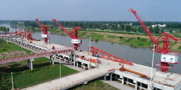 航拍建设中的河南漯河港