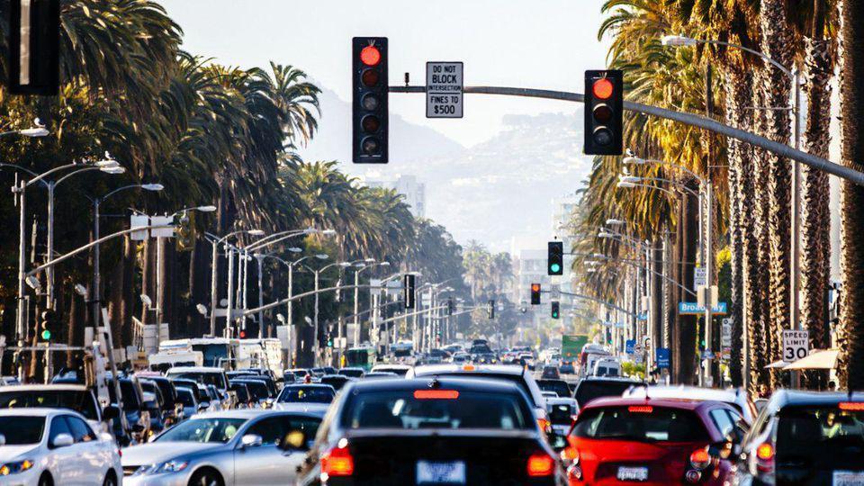 对抗特朗普政府 加州将实行自己的燃油效率标准