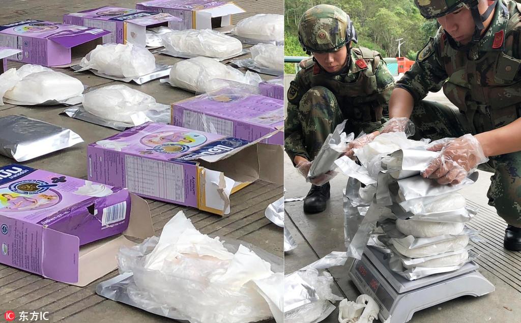伪装成奶粉缉毒兵隔着包装捏出12公斤海洛因