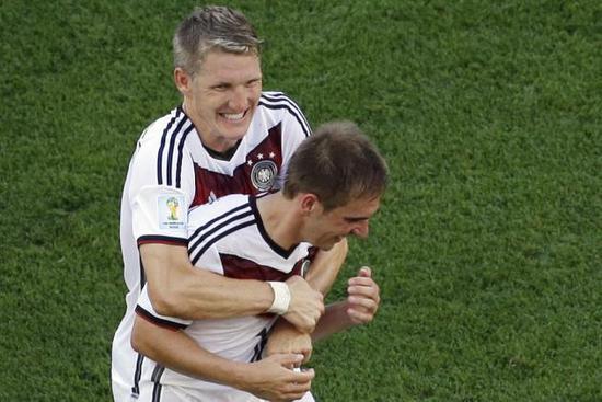 顺风超神,逆风成狗,少了俩人竟天差地别,这是一支假的德国队!