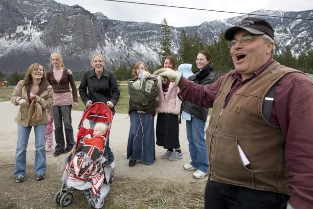 加拿大男子因重婚罪被判刑:有24个妻子149个孩子