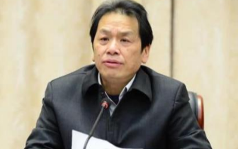 """李泉新被追授""""全国优秀共产党员""""称号"""