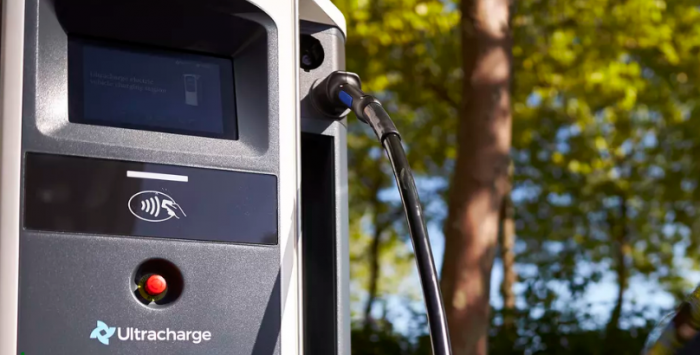 石油巨头也需转型 英国石油收购英最大电动车充电公司