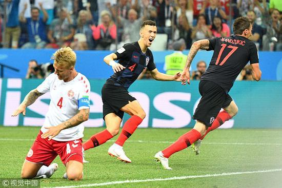 世界杯最燃开场!3分钟两队互捅一刀 谁防守谁孙子