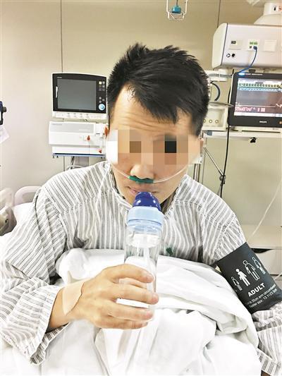 27岁小伙冒雨考车牌熬夜做网店 患感冒要进ICU