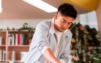 苏有朋加盟《中餐厅》第二季 化身儒雅绅士秀厨