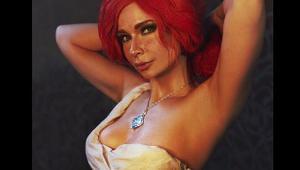 《巫师3》特莉丝COS红发模特不得不爱