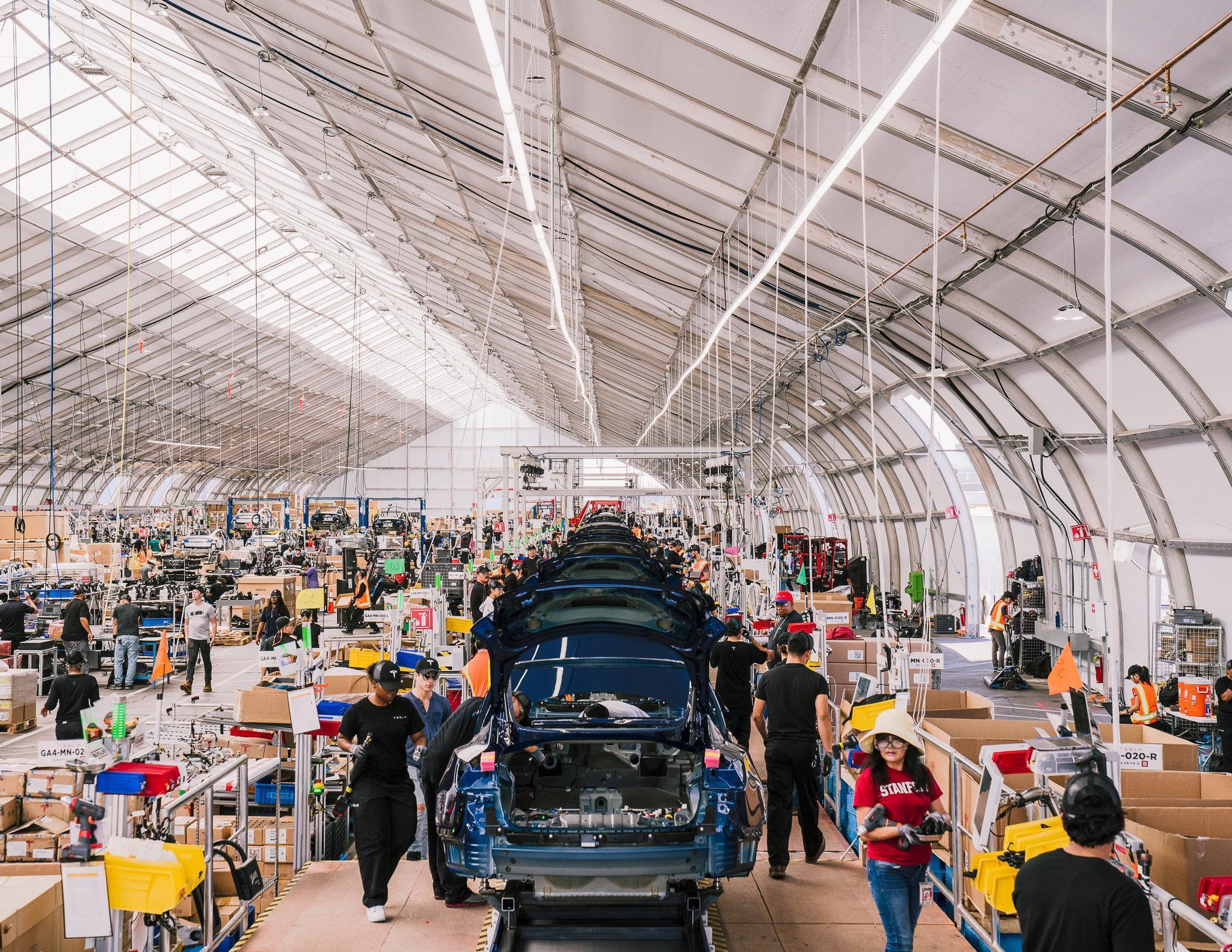 特斯拉产能达标背后:上周帐篷里造千辆Model 3